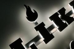 Litery 3d, Plexi + lakierowany front z efektem halo
